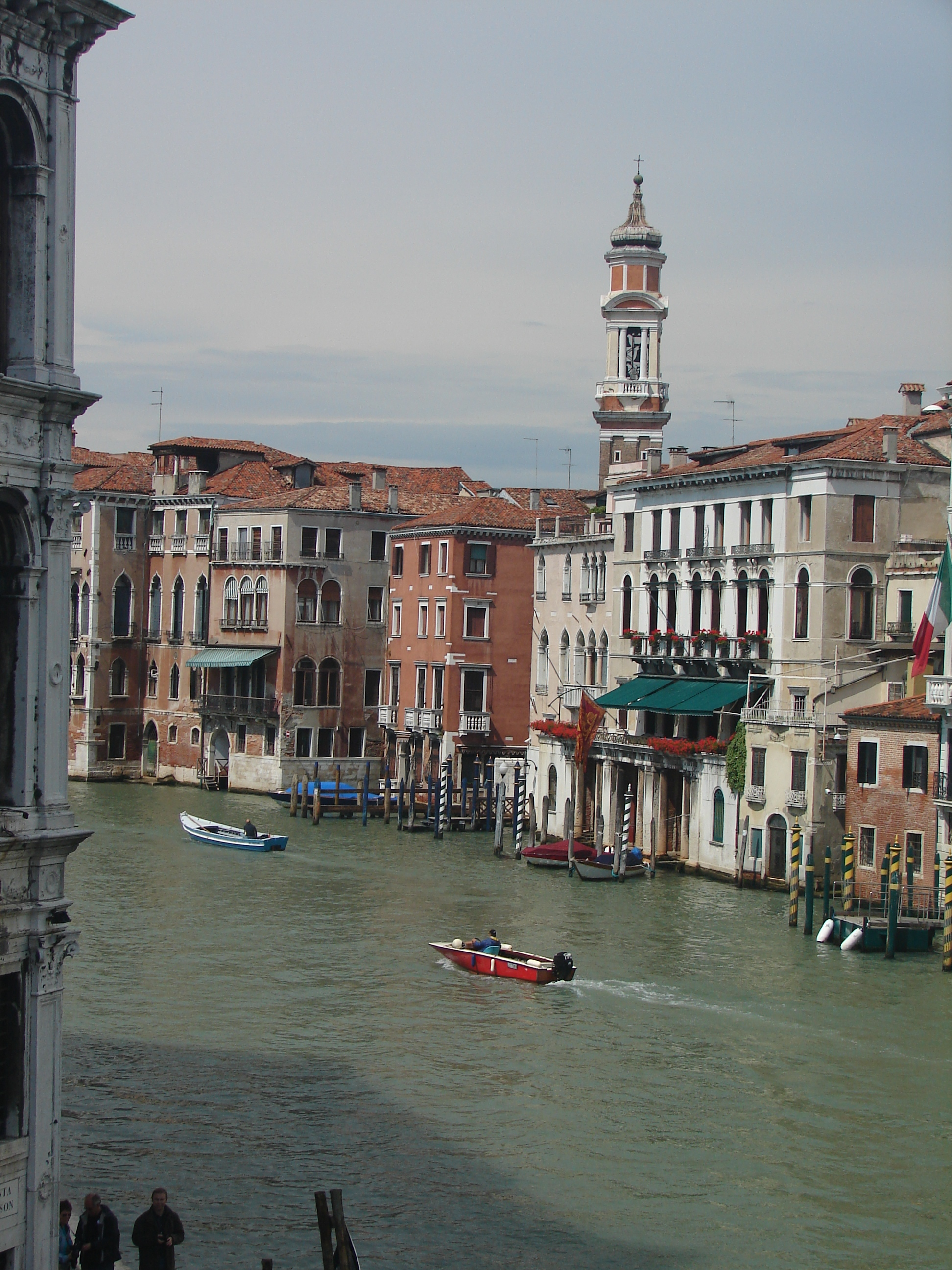 cruises_etc_venice_italy_canal